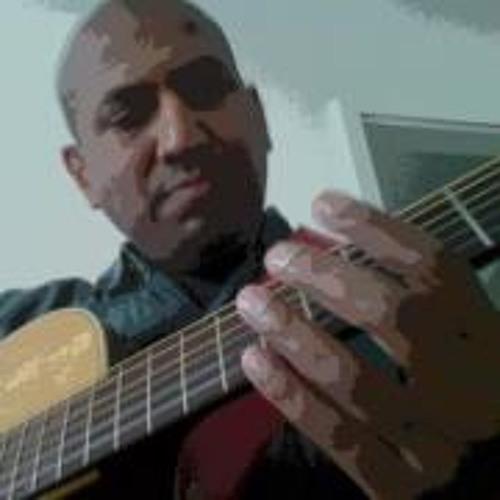 Lionel Sumithram's avatar