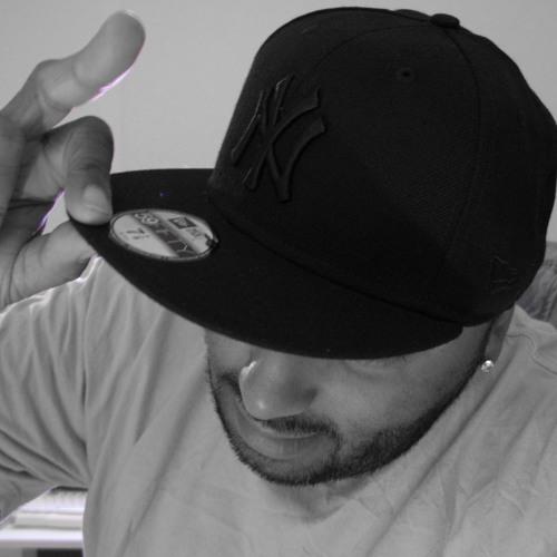 DouDou70's avatar
