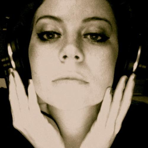 Julie Reier's avatar