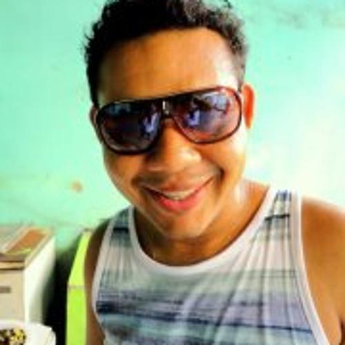Erick Oliveira 16's avatar