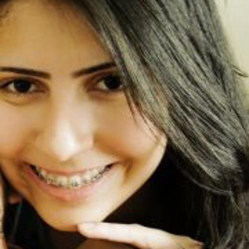 Carline Beirigo's avatar