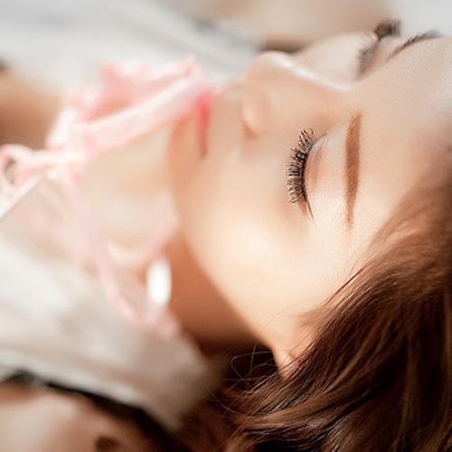 hwanglynn's avatar