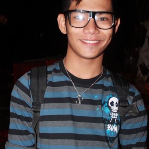 Paulo Jake Peejay Sanculi's avatar