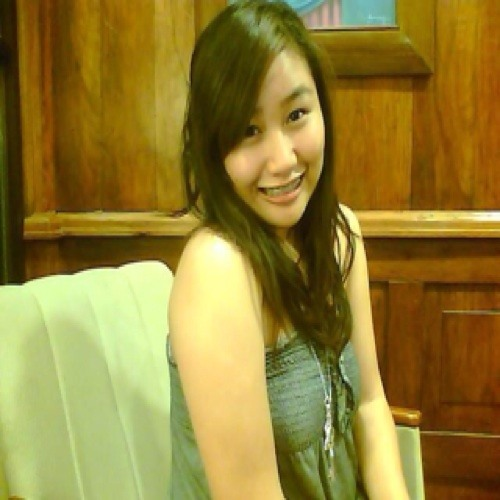 Bea Domingo's avatar
