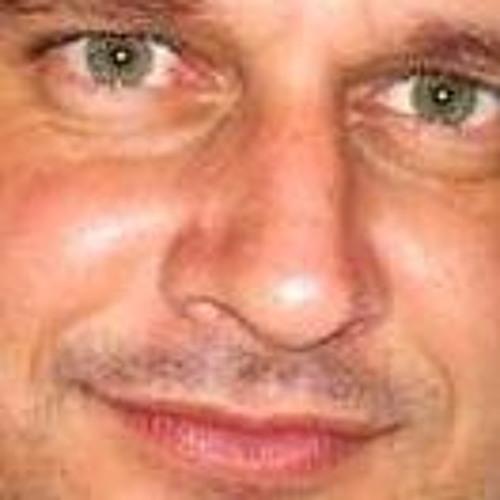 Fabio Menderson's avatar