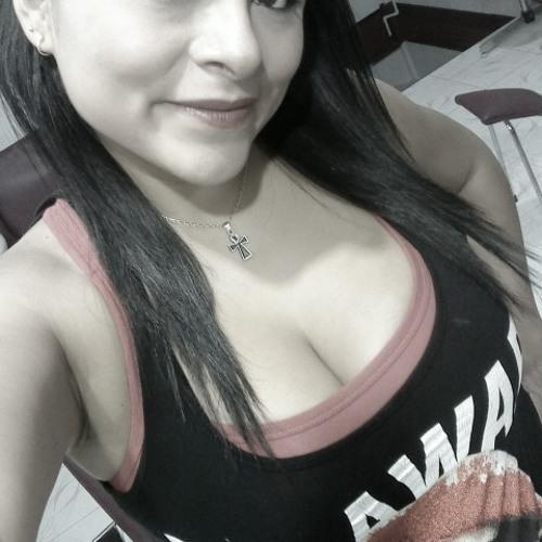 Karla Rosas's avatar