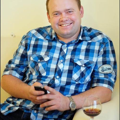 Viacheslav Slipak's avatar