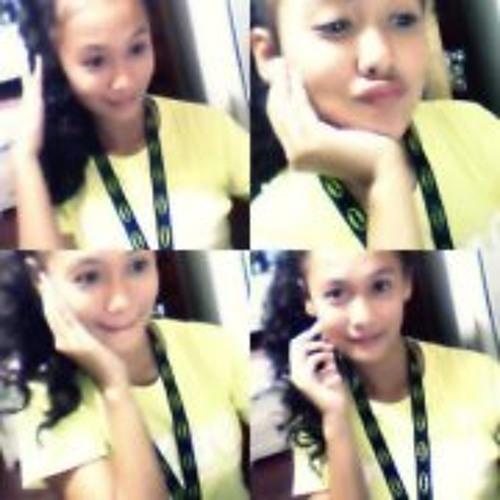 Ynah Nepomuceno's avatar
