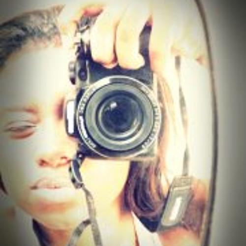 Estephanne Maia's avatar