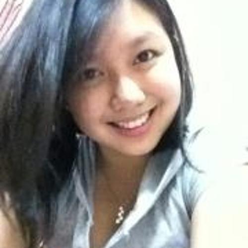 Yunn Teng's avatar