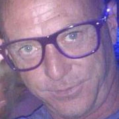 dj ian gordon's avatar