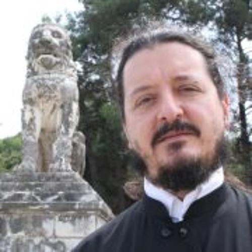 Leon Efremidis's avatar