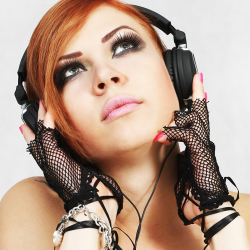 Adriana Ray's avatar