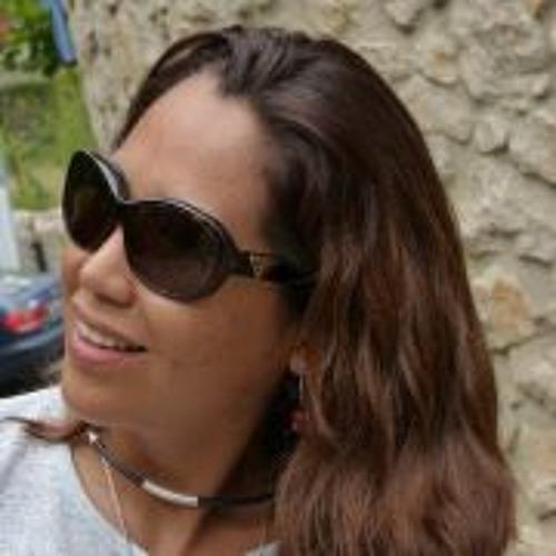 Adriana Lazo La Torre's avatar