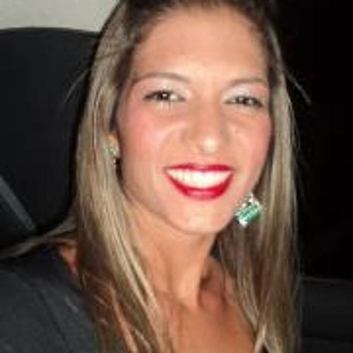 Carolina Raveta's avatar