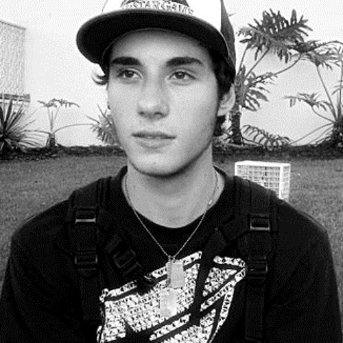 Victor Brunozi's avatar