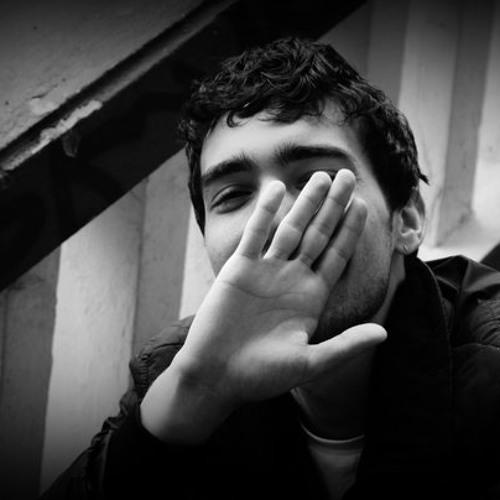 momentesischeme's avatar