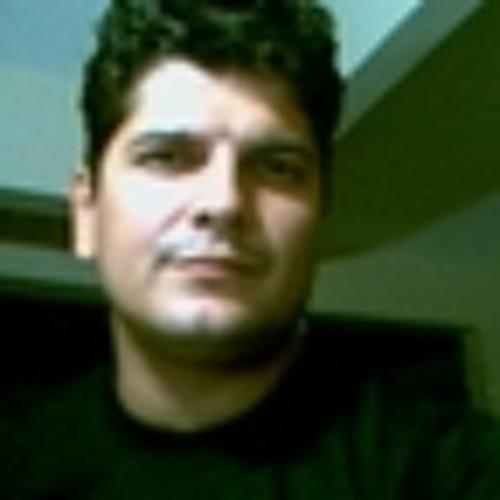 Max_Pinheiro's avatar