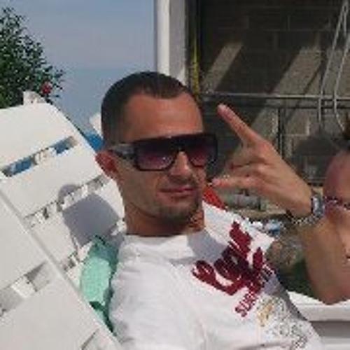 Victor Cezar 3's avatar