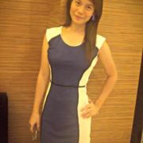 Thalia Pe's avatar