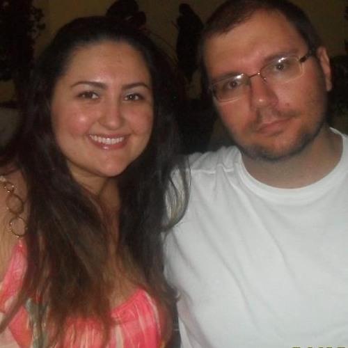 Larissa Lowchinovscy's avatar