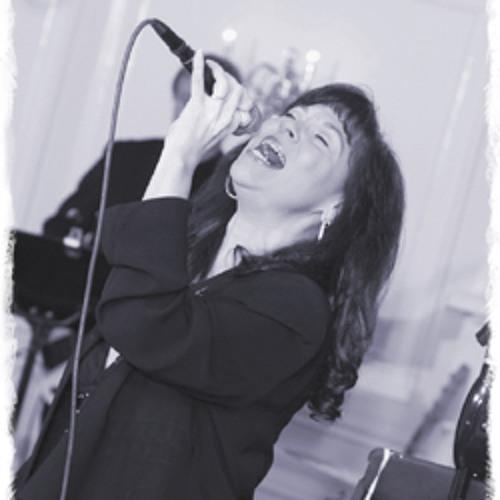 Elana Hayden's avatar