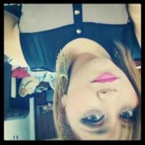 Carlah Camacho's avatar