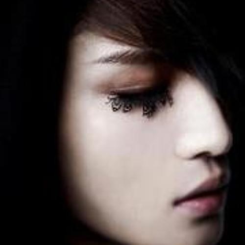 Perly Kim's avatar