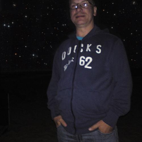 Andy Schneider 4's avatar