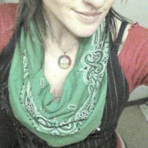 Julie Pawlak's avatar