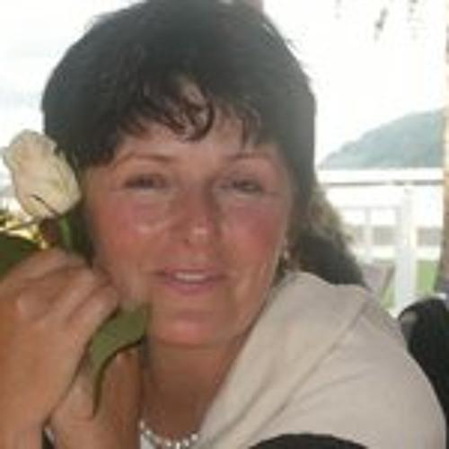 Ruth Racheter's avatar