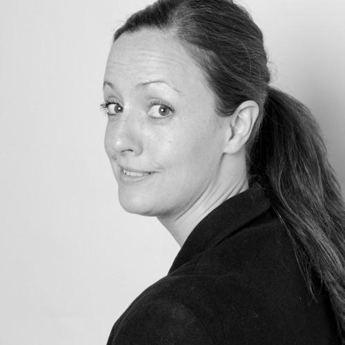 Robin Robinson Radio's avatar