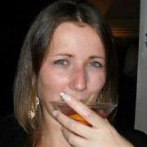 Roxanne Simpson 2's avatar