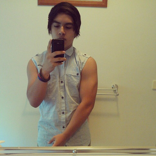 Cristian Lop3z's avatar