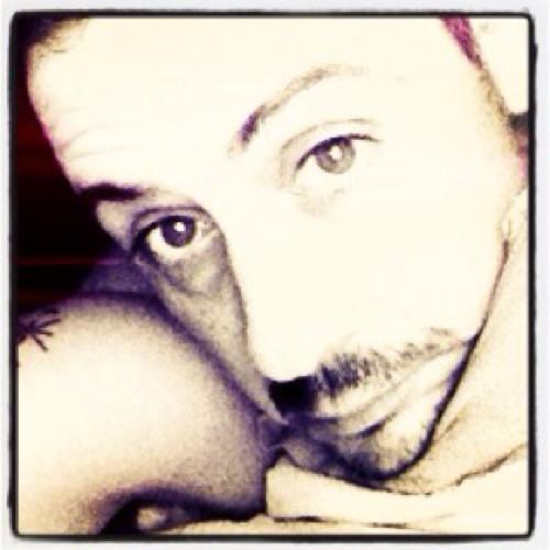 Alex Juaiesh's avatar