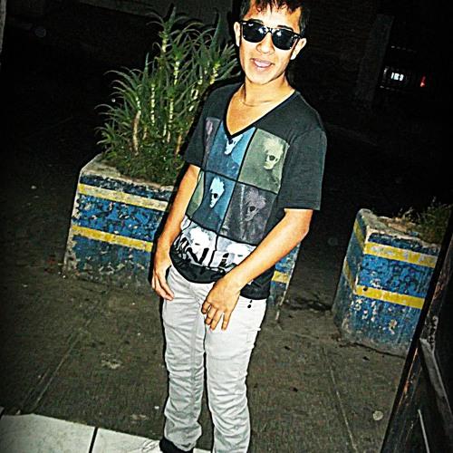 Luis Caballeroo's avatar