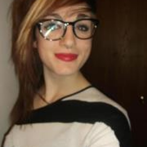Danielle Elizabeth Laird's avatar