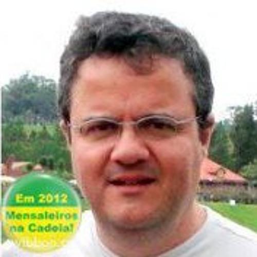 Reinaldo N. Camargo's avatar