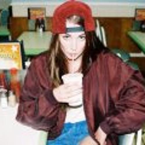 Lora Hayes's avatar