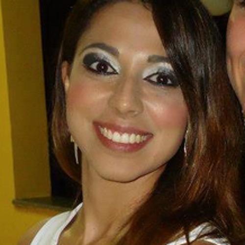 Luciana Abrão's avatar