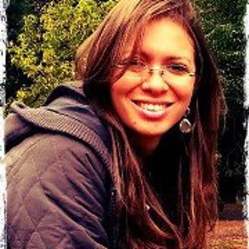 Flávia Bindá's avatar