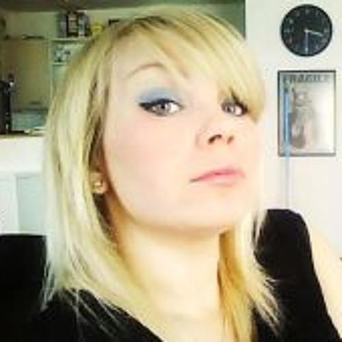 Gina MacBiffle's avatar