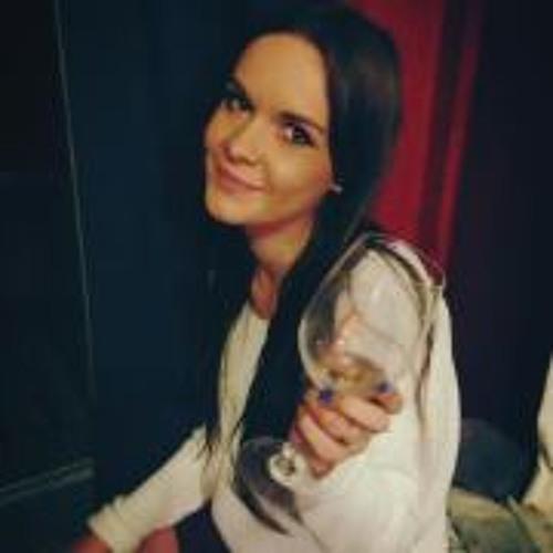 Cheska Crossley's avatar