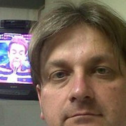 Luciano Frezza 1's avatar