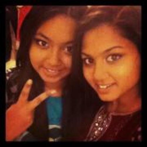 Tasnia Mahmud's avatar