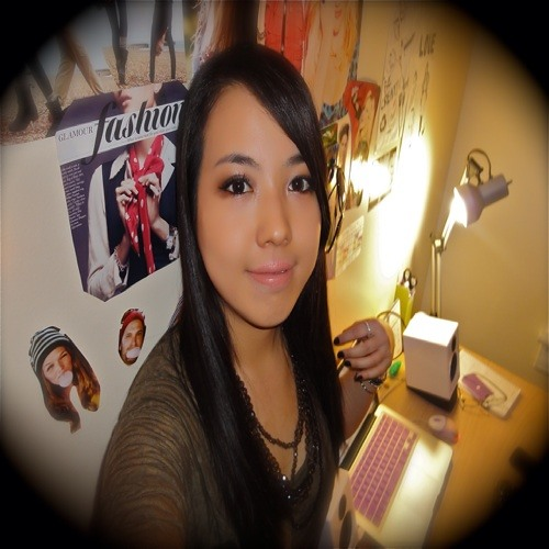 Viva La Nicole's avatar