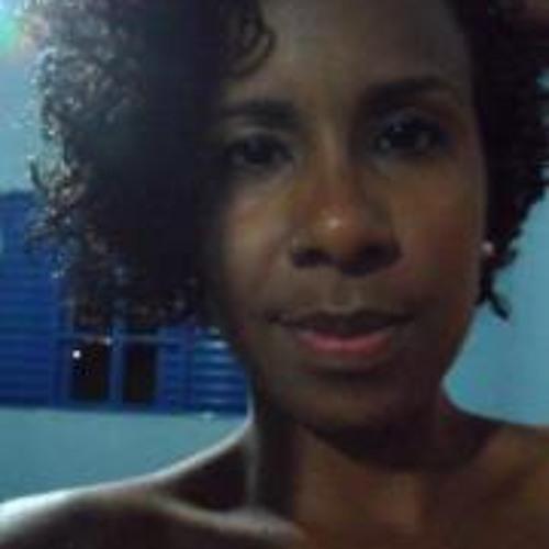 Adinha Gomes's avatar