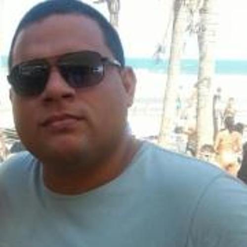 Flávio Renan Marinho's avatar