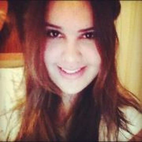 Tainná Araújo's avatar