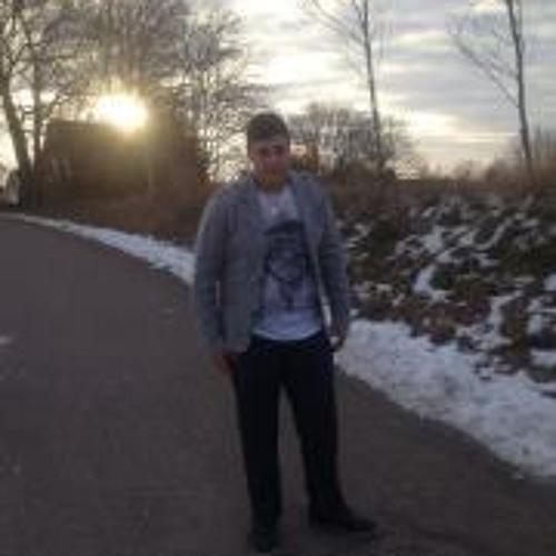 Issa Hassan 1's avatar